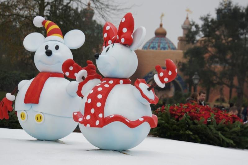 Le Noël Enchanté Disney (du 9 novembre 2012 au 6 janvier 2013) - Page 18 Dsc07814