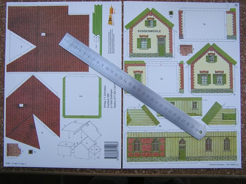 Bedarfshaltestelle Süßenmühle von Schreiber-Bogen in H0 - leicht aufgepeppt 221