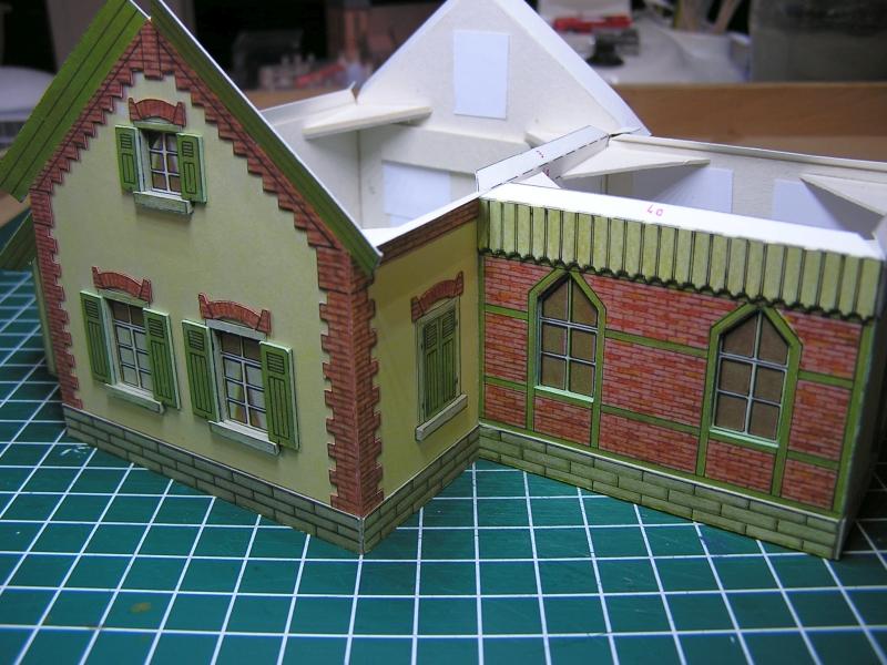 Bedarfshaltestelle Süßenmühle von Schreiber-Bogen in H0 - leicht aufgepeppt 2417