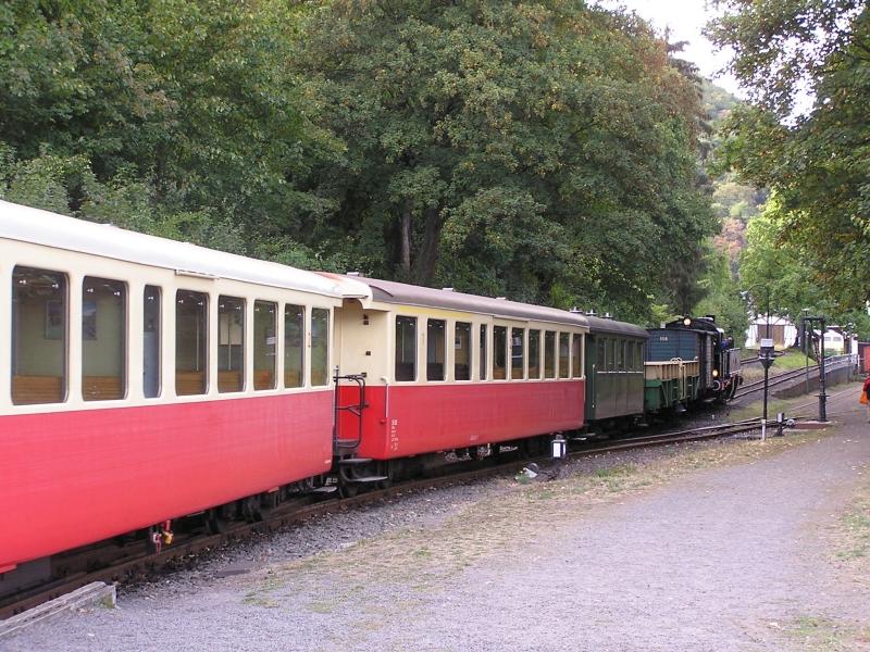 Mit dem Vulkan-Express hoch in die Eifel - die Brohltalbahn  8210