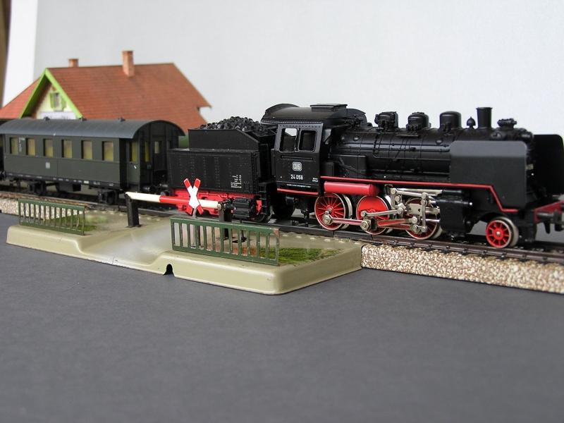 Meine alte TRIX-Anlage - Seite 3 Bahnzb10
