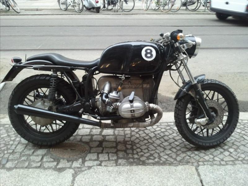 C'est ici qu'on met les bien molles....BMW Café Racer - Page 6 41710