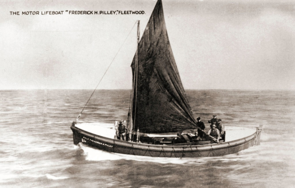 SIR FITZROY CLAYTON Fleetwood,motor lifeboat  New_pr10