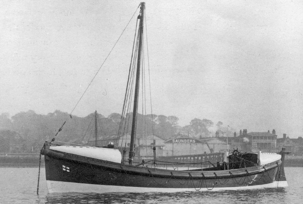 SIR FITZROY CLAYTON Fleetwood,motor lifeboat  New_pr12