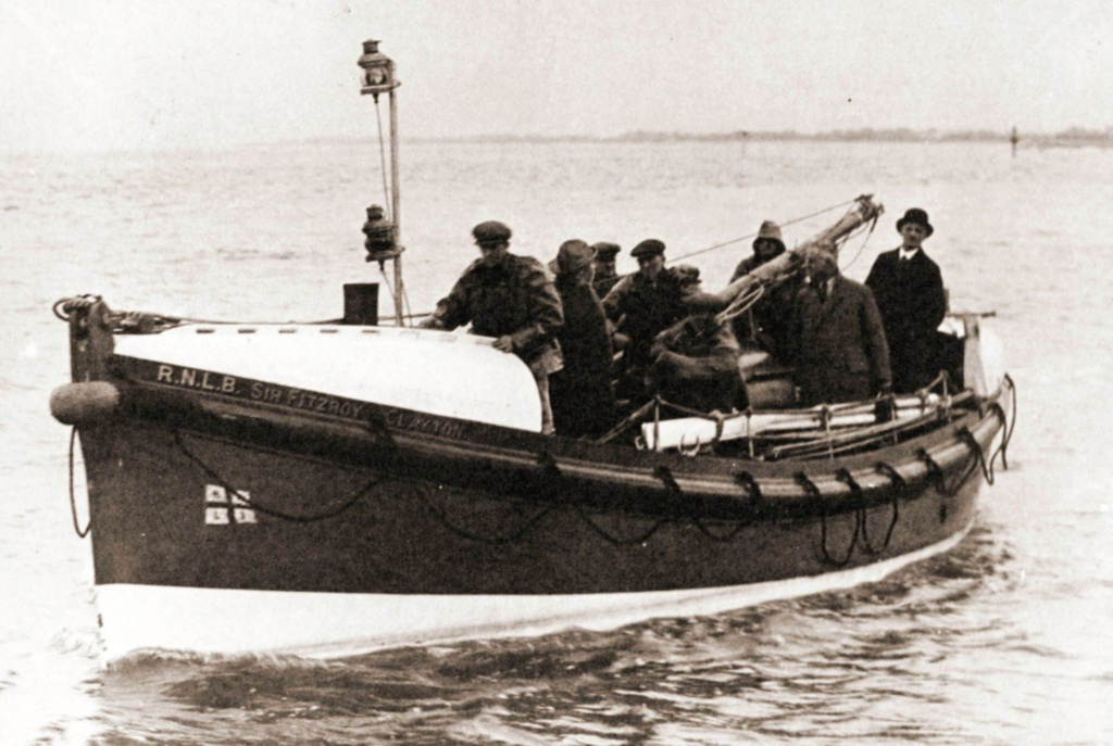 SIR FITZROY CLAYTON Fleetwood,motor lifeboat  New_pr15