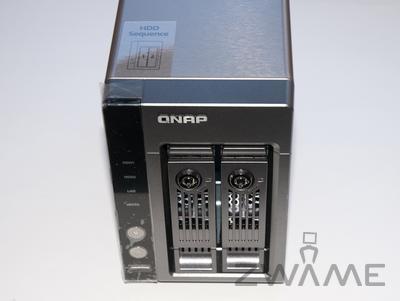 [Unboxing] QNAP TS-219P Dsc_0118