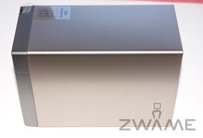 [Unboxing] QNAP TS-219P Dsc_0210