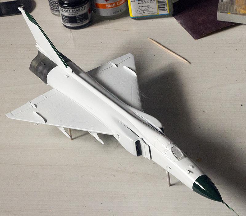 Trumpeter F-8II 1092_f10