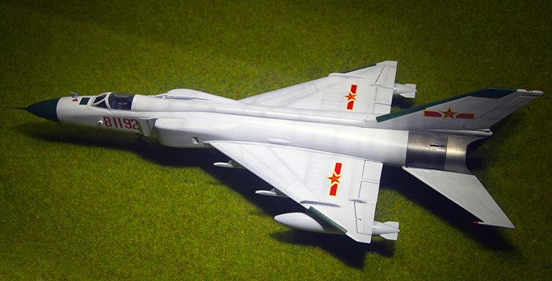 Trumpeter F-8II 1148_f10