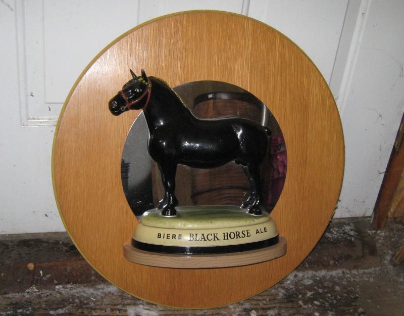Vieille annonce BLACK HORSE Black-10