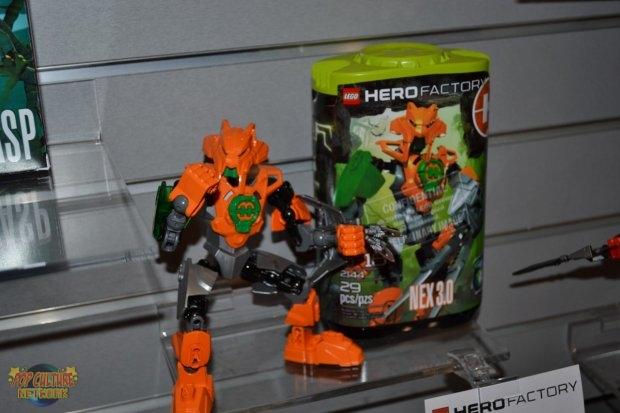 [Sets] Hero Factory 2011 : Vague 2 déjà révélée ? - Page 9 6_dsc_11