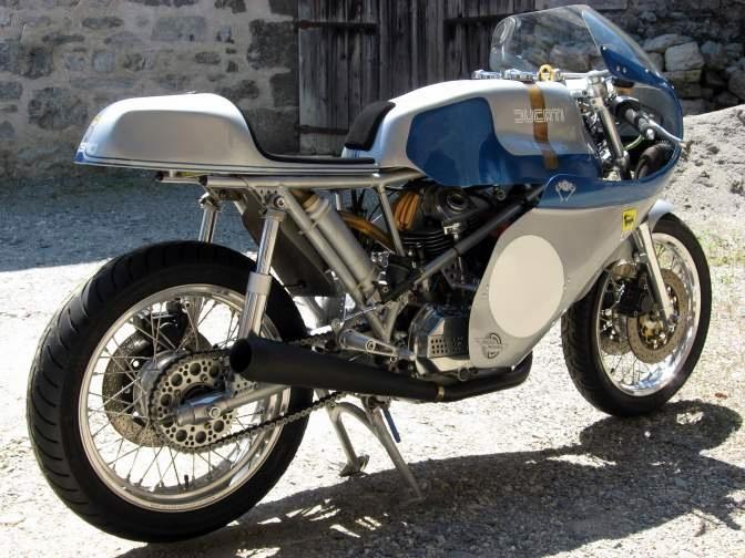 Ducati Twins à Couples Coniques : C'est ICI - Page 6 31332610