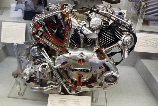 les plus beaux moteurs - Page 14 34503310