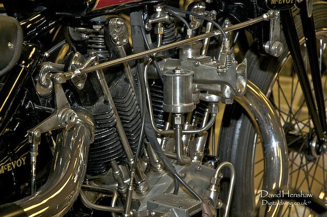 les plus beaux moteurs - Page 14 67139910