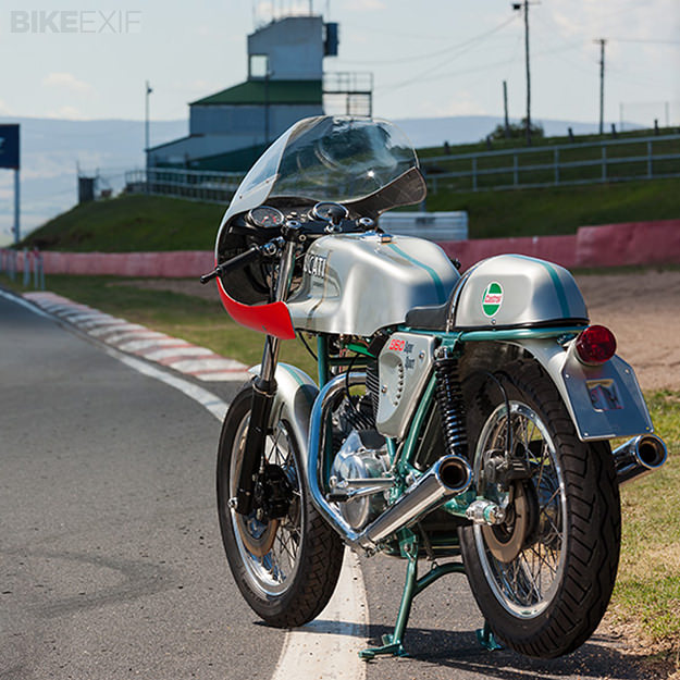 Ducati Twins à Couples Coniques : C'est ICI - Page 8 Ducati16
