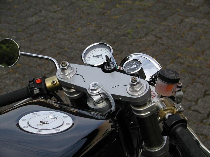 Guzzi... juste l'essentiel des Café Racer 2, la suite... - Page 2 Guzzi_15