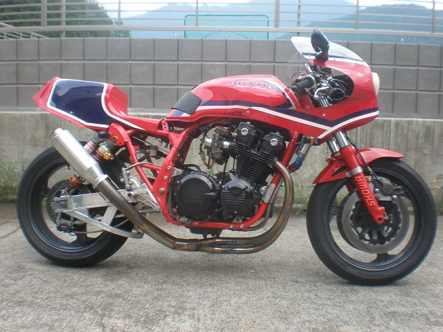RS1100 Honda_23