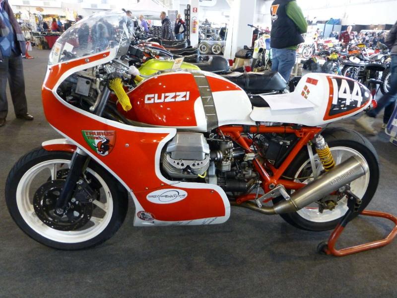Guzzi... juste l'essentiel des Café Racer 2, la suite... - Page 3 P1000411