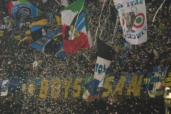 Le Mouvement en Italie . - Page 5 422