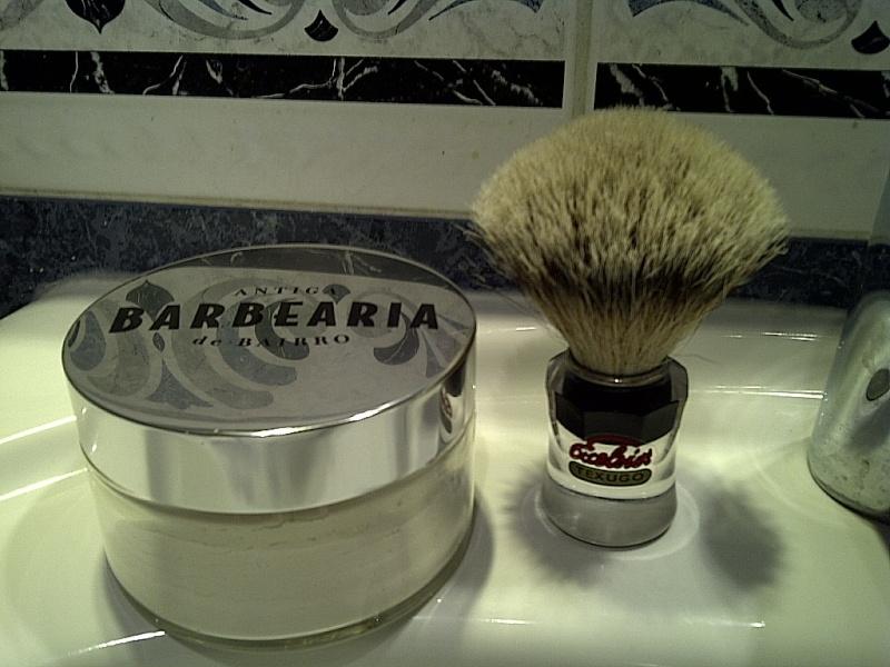 Savon Antiga Barbearia de Bairro Img-2023