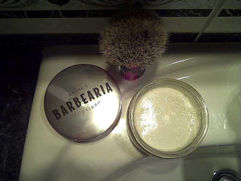 Savon Antiga Barbearia de Bairro Img-2024