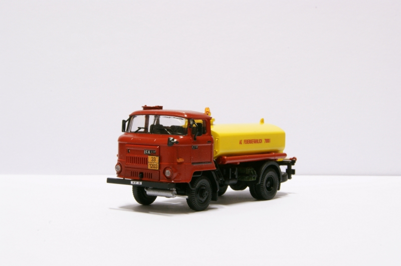 L60 Kraftstofftankwagen Dsc07316