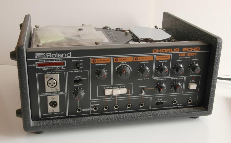 Space Echo Roland RE serie ........ Dsc_3013
