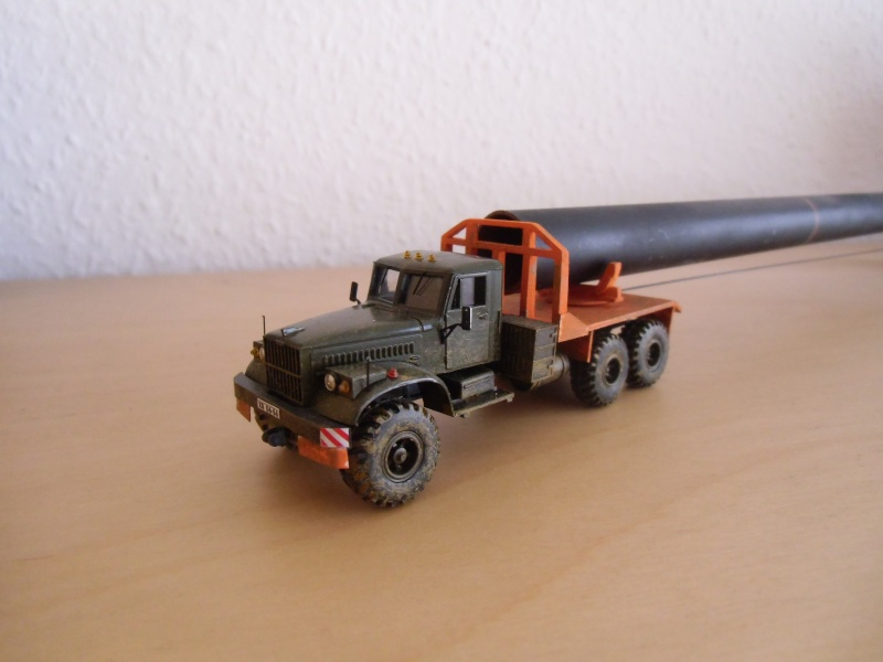 Kraz 255 als Rohrtransprter und als Holztransporter Dsci7715