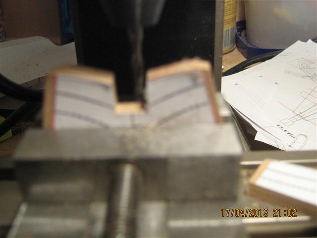 L'AMARANTE corvetta 12 cannoni 1\36 G.DELACROIX - Pagina 2 2_smal10