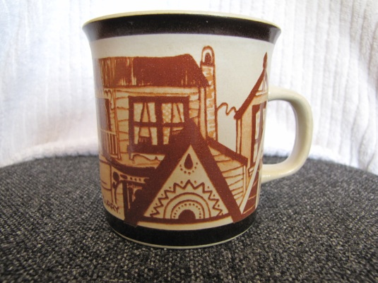 Richmond pottery colonial houses  & Owls patterns Small410