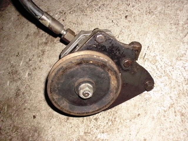 pompe hydraulique 411 Hpim0013