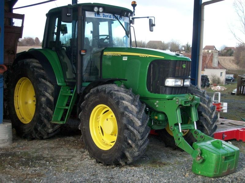 Photos de vos tracteurs - Page 3 100_0410