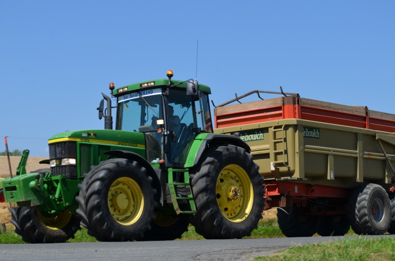 Photos de vos tracteurs - Page 3 Dsc_0110