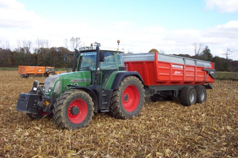 Photos de vos tracteurs - Page 3 Fendt_10