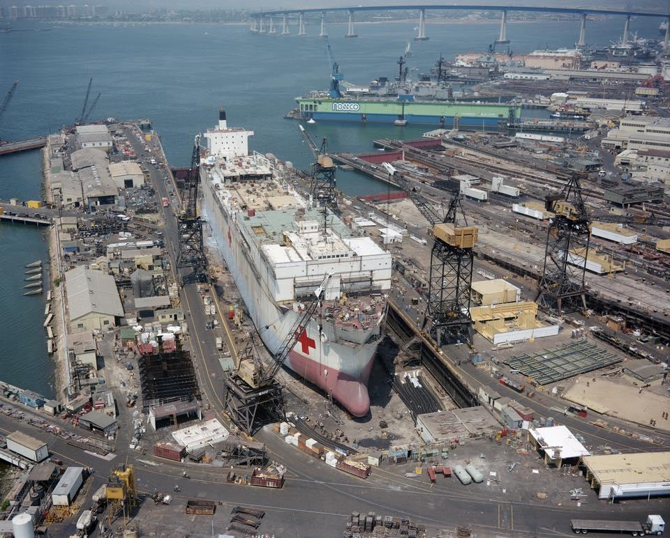 construction de navire hopital en Amérique  1010