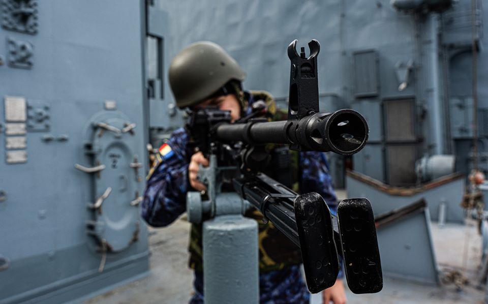 Romanian navy - Marine roumaine - Page 3 10141