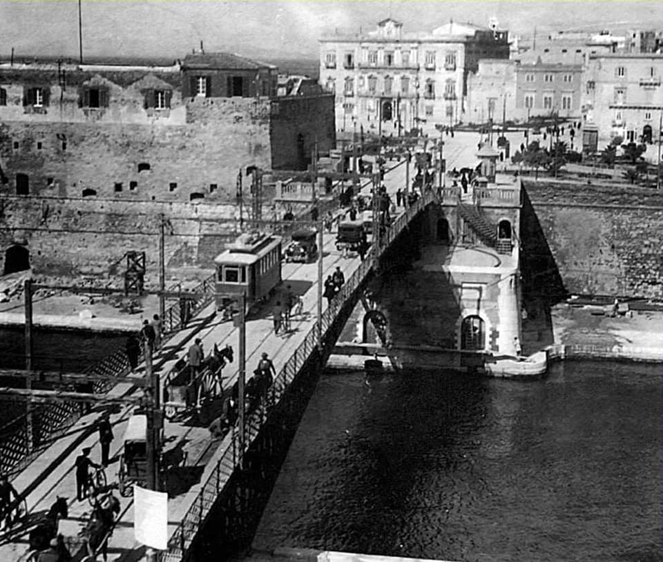 Italian Navy - Marine Italienne - Page 11 10173