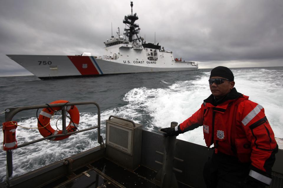 U. S. Coast Guard (garde-côtes des États-Unis) - Page 6 10189