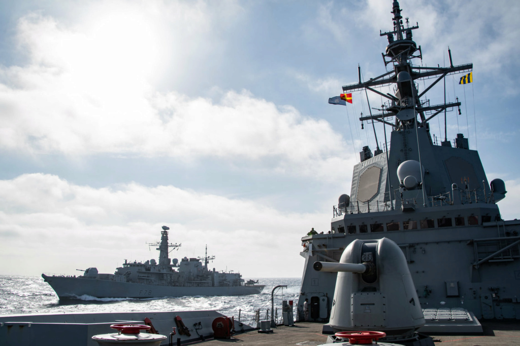 Tag strongertogether sur www.belgian-navy.be 10213
