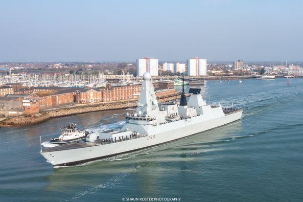 Royal Navy : les news - Page 10 1083