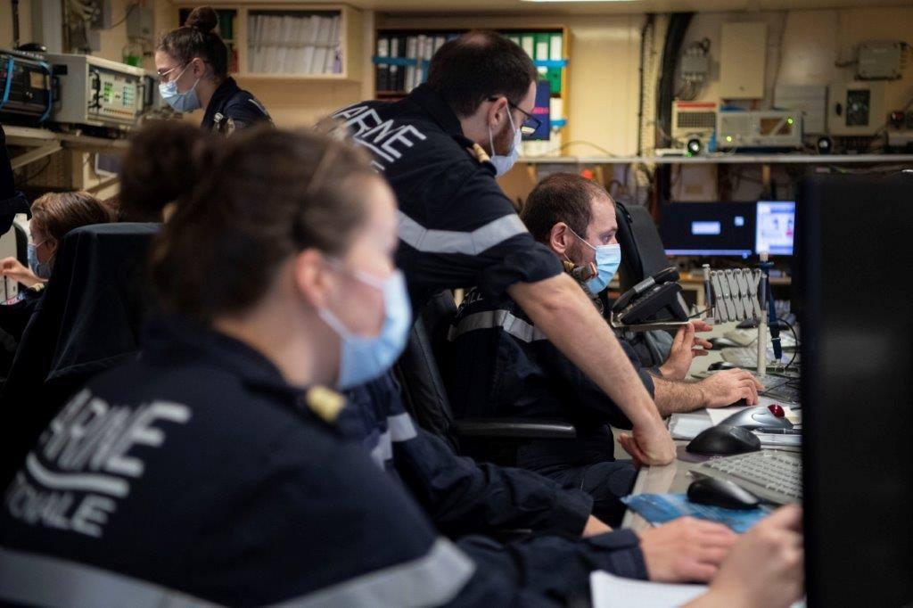 Les actualités de la Marine Française - Page 17 11143