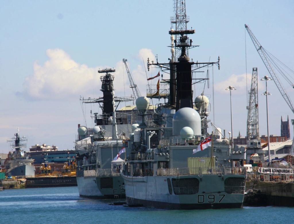Royal Navy : les news - Page 8 1149