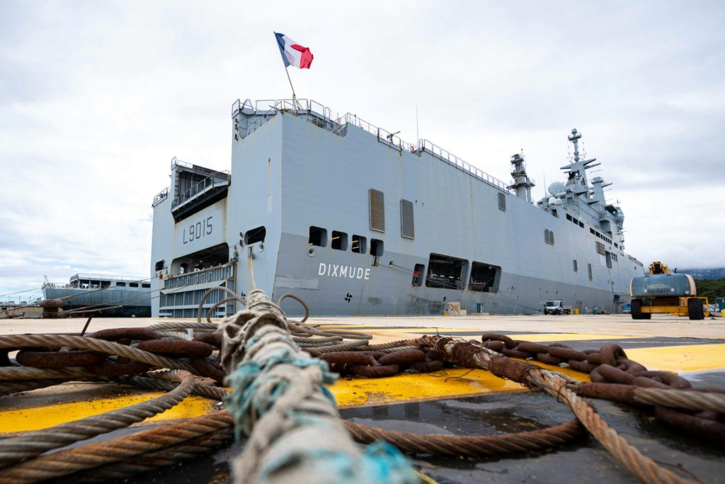 BPC Mistral, Tonnerre & Dixmude - Page 6 12184