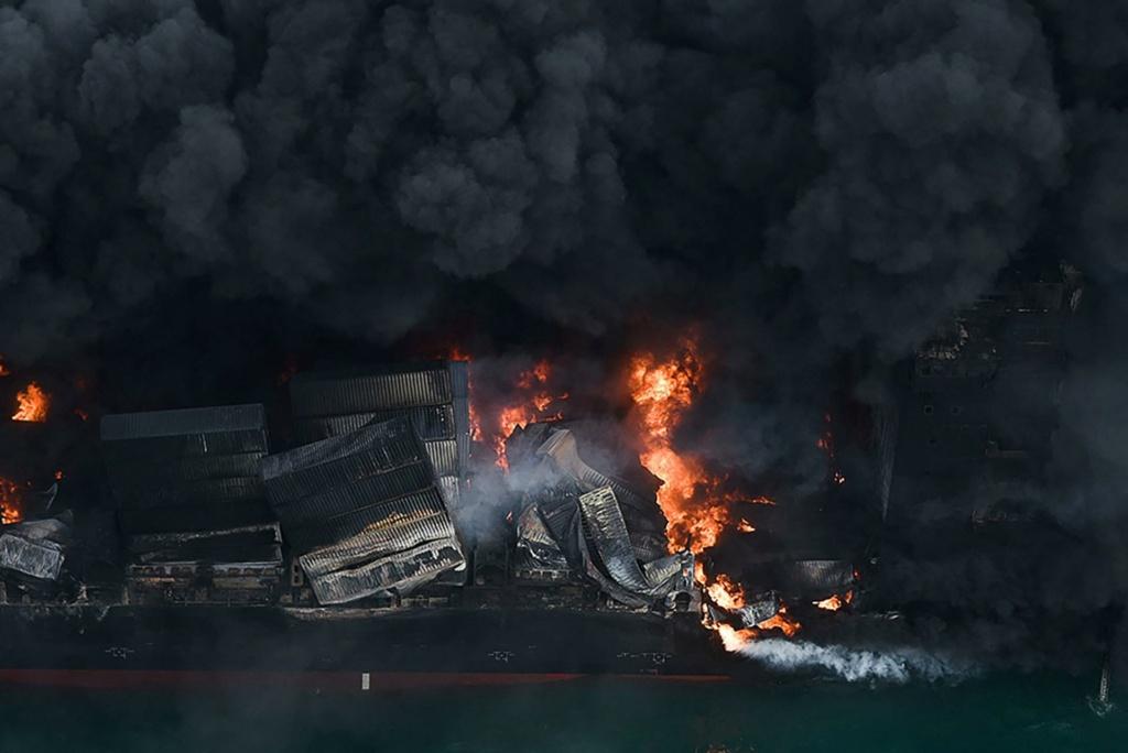 Explosion et incendie sur un pétrolier près du Sri Lanka - Page 5 13164