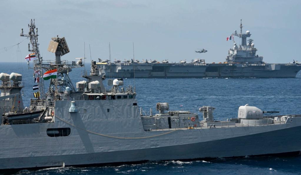 Les actualités de la Marine Française - Page 16 1385