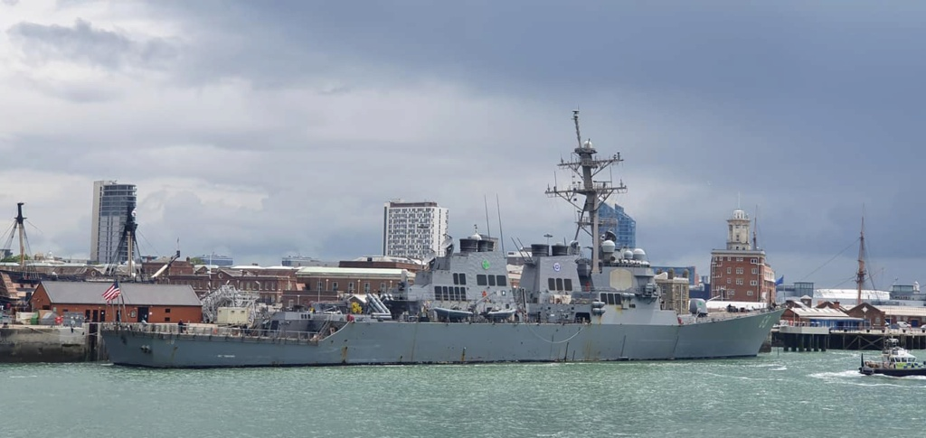 HMS Queen Elizabeth CSG21 14122