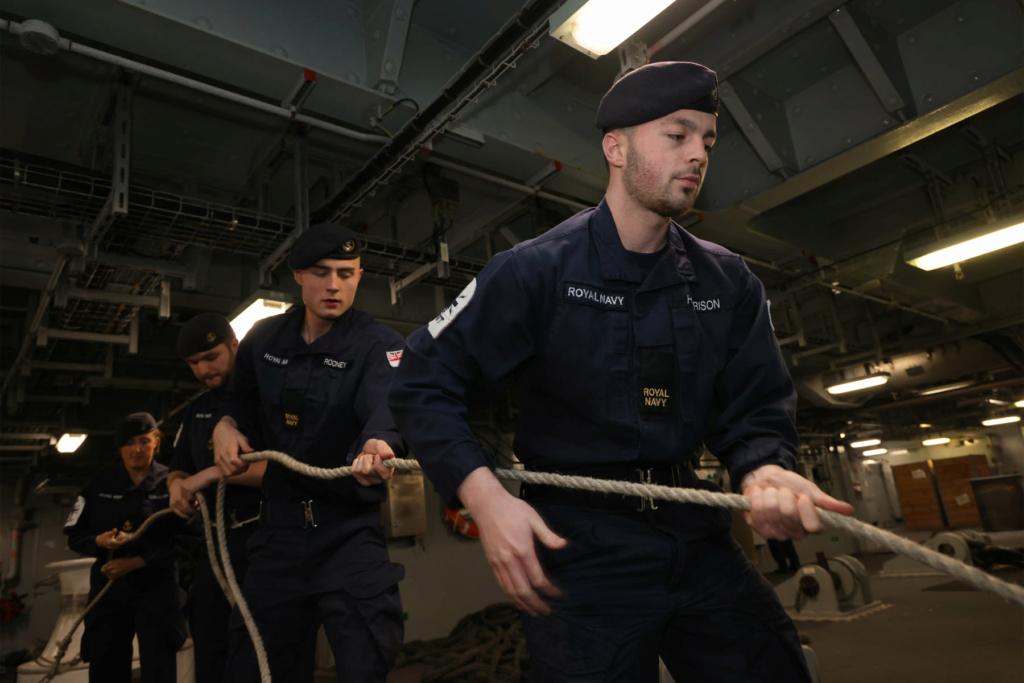 HMS Queen Elizabeth CSG21 14125
