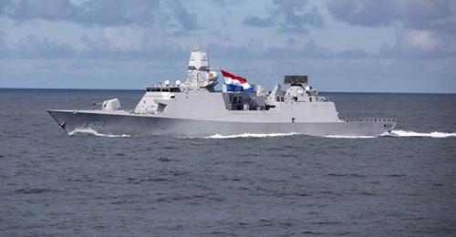 Koninklijke Marine : les news - Page 8 15_jfi10