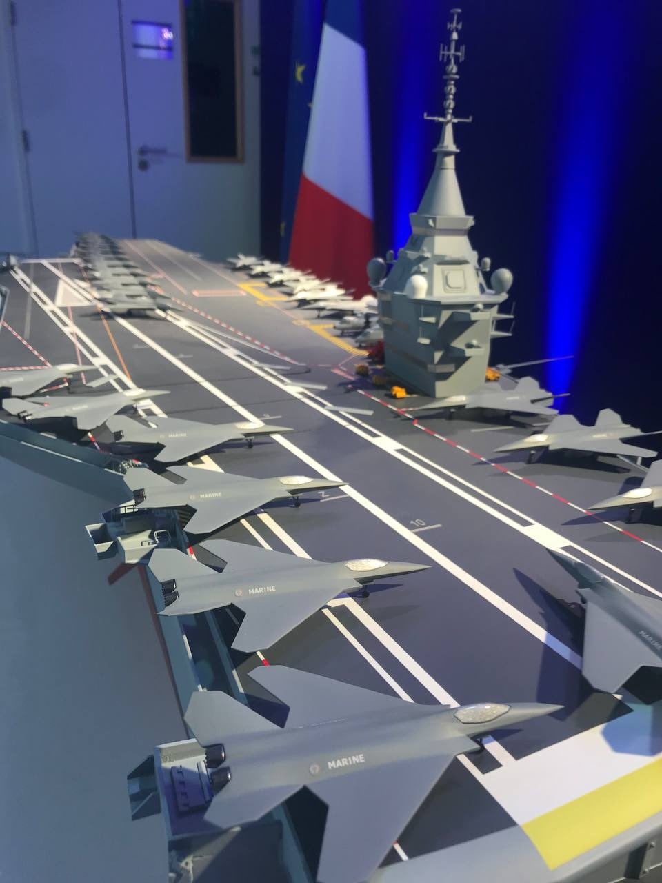 Les actualités de la Marine Française - Page 10 16644310