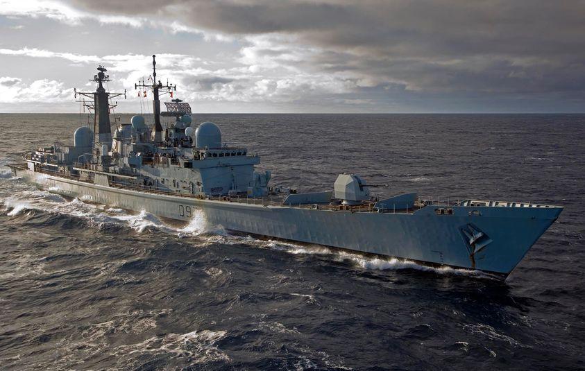 Royal Navy : les news - Page 8 17295810